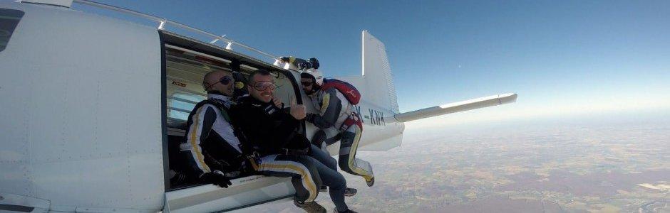 Billetterie saut en parachute billetweb - Saut en parachute nevers ...